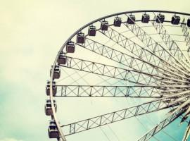 ferris wheel ride up down