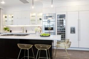 the-block-2016-julia-and-sasha-kitchen-with-gold-stools